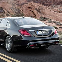 Mercedes S-Klasse W222 achterkant | Douwe de Beer occasions